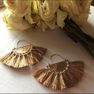 🐘 Golden Fan Earrings 🐘